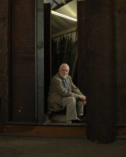 Sir Anthony Caro in his studio, photographed by Charlie Hopkinson �2005.