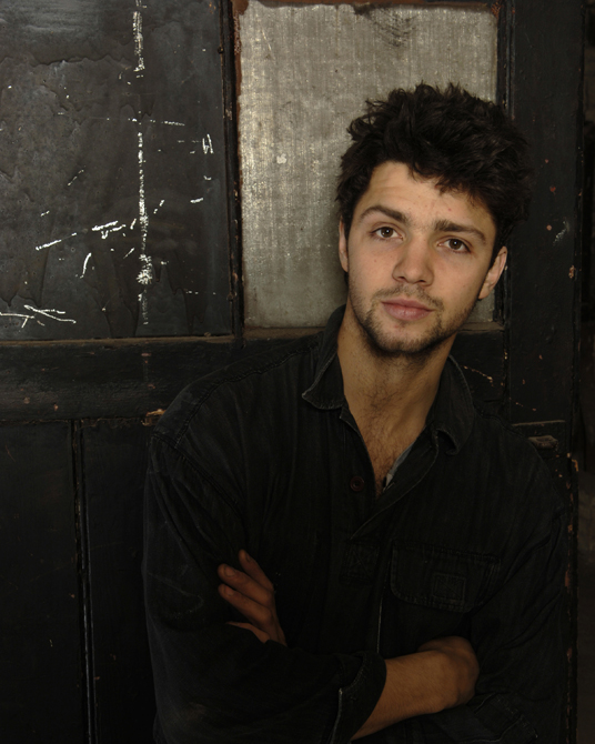 Conrad Shawcross photogrphed by Charlie Hopkinson �2005